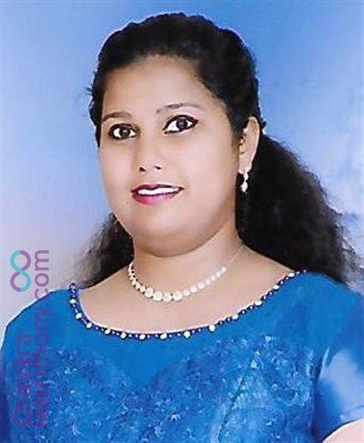 Mumbai Matrimony Bride user ID: CMUM456133