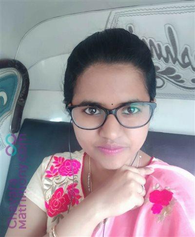 Hyderabad Matrimony Bride user ID: CBGR234105