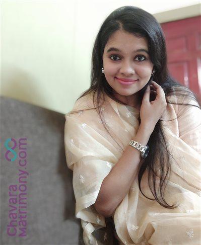 Ayurvedic Doctor Matrimony  Bride user ID: CAGY234759