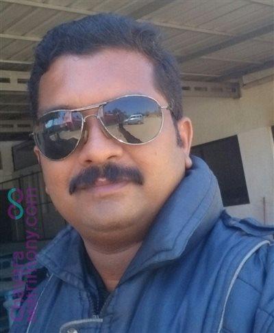 Kochi Diocese Matrimony  Groom user ID: Nimish1