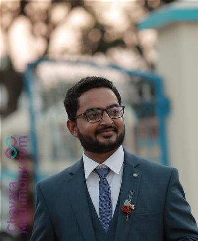 Pune Matrimony  Groom user ID: CMUM234088