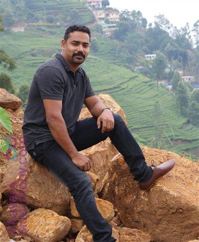 Kunnamkulam- Malabar Matrimony Grooms user ID: CNBR456216
