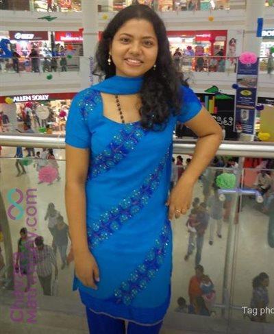 Kerala Matrimony Bride user ID: Soumya24
