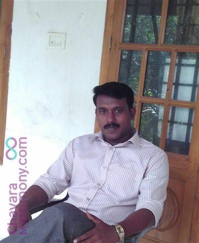 Palghat Diocese Matrimony  Groom user ID: XCHA37411