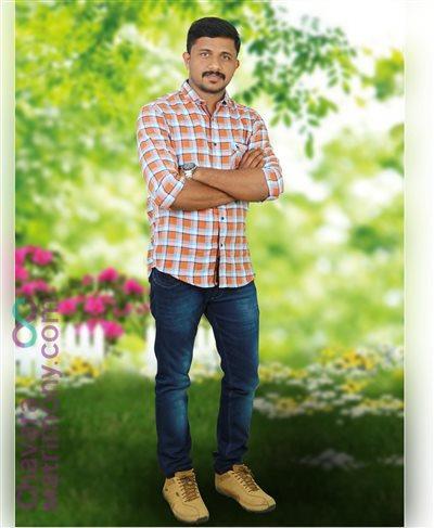 Adimaly Matrimony Grooms user ID: TINOThom483