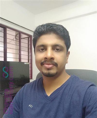 Pavaratty Matrimony  Groom user ID: CPTY456539
