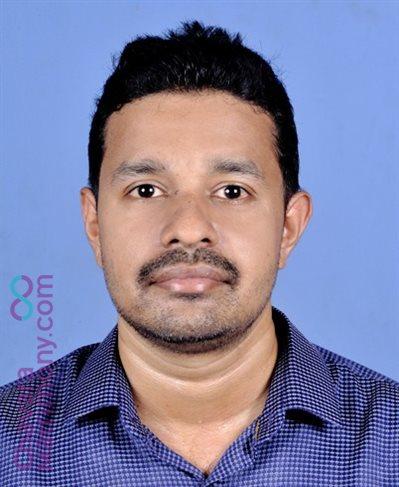 Kothamangalam Matrimony Grooms user ID: CKGM345039