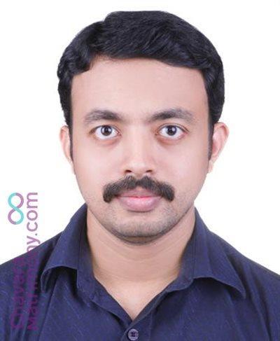Dentist Matrimony  Groom user ID: jissc16