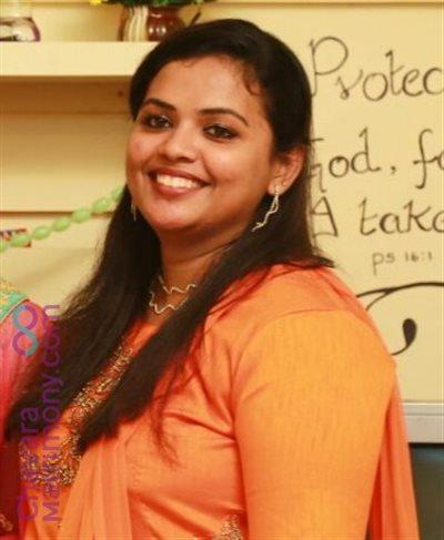 Professor / Lecturer Matrimony  Bride user ID: CAGY234503