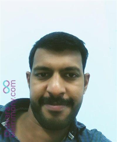 Kanjirappally Diocese Matrimony  Groom user ID: tony