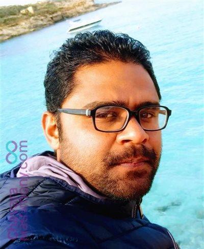 Mananthavady Diocese Matrimony  Groom user ID: Linisinesh