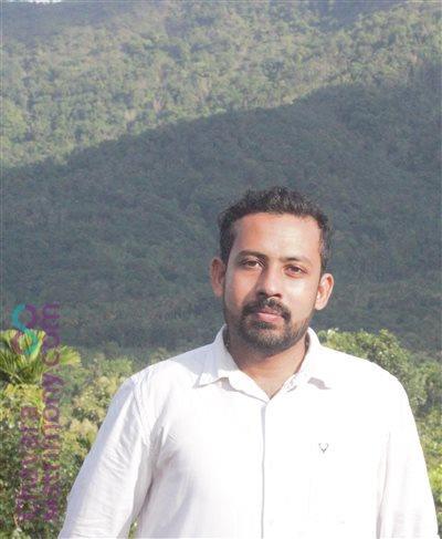 vadakkencherry Groom user ID: Deepakjose70