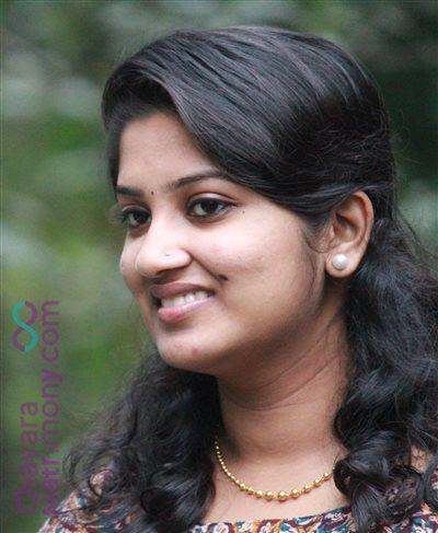 Kanjirappally Diocese Matrimony Bride user ID: CKPY456305