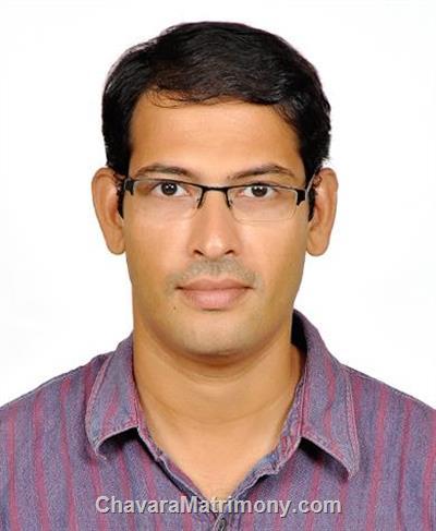 Thrissur Matrimony Grooms user ID: CTCR457140